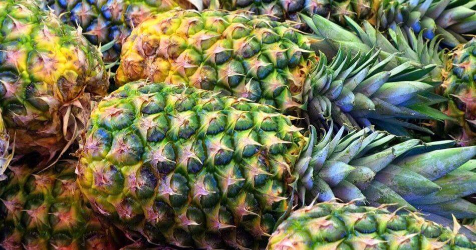 jak obrać ananasa